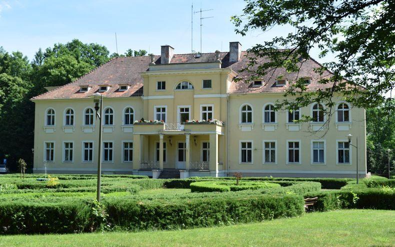 Pałac w Krośnicach